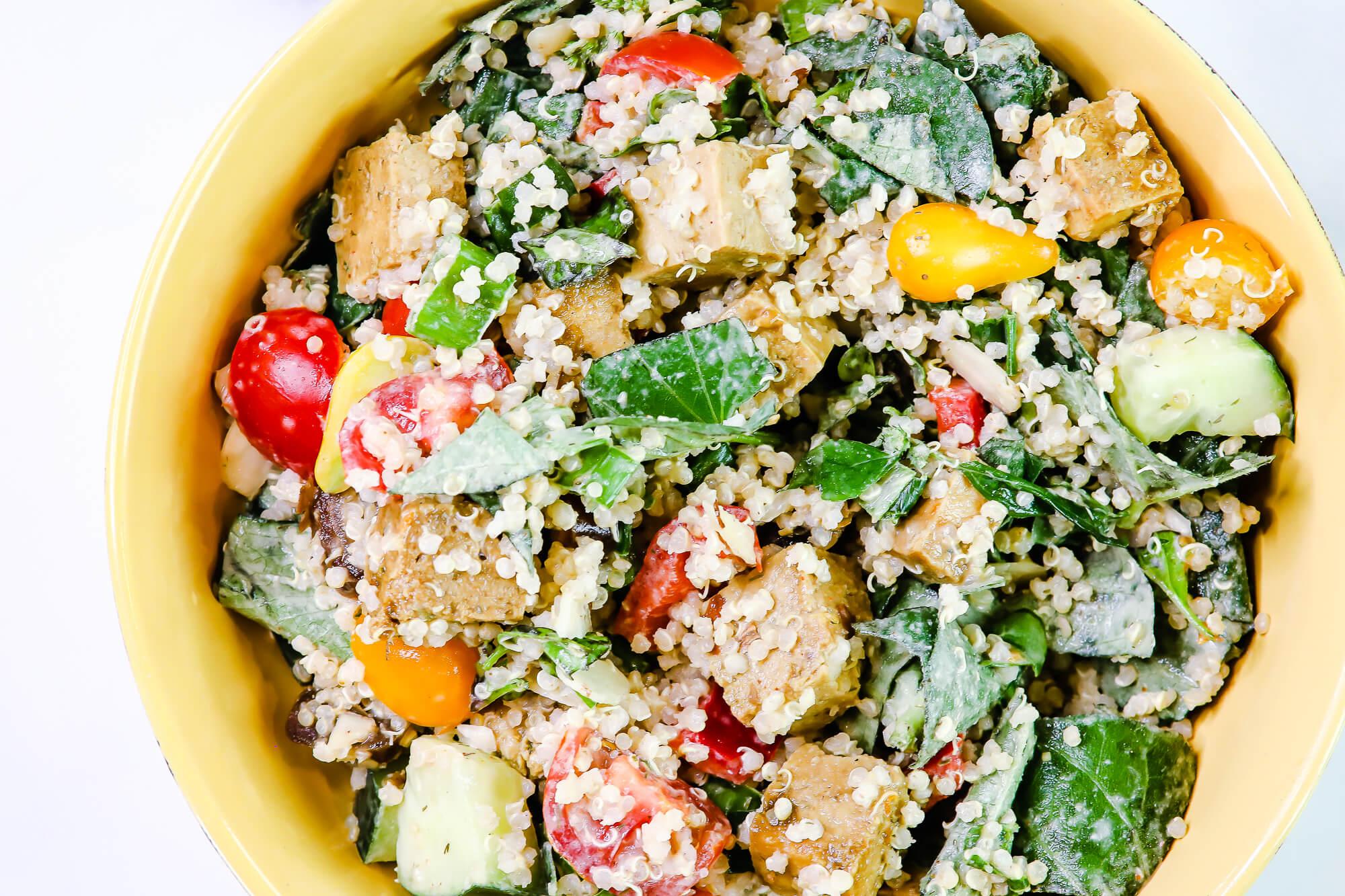Veggie Full Quinoa Salad _ Choosing My Health _ Closeup